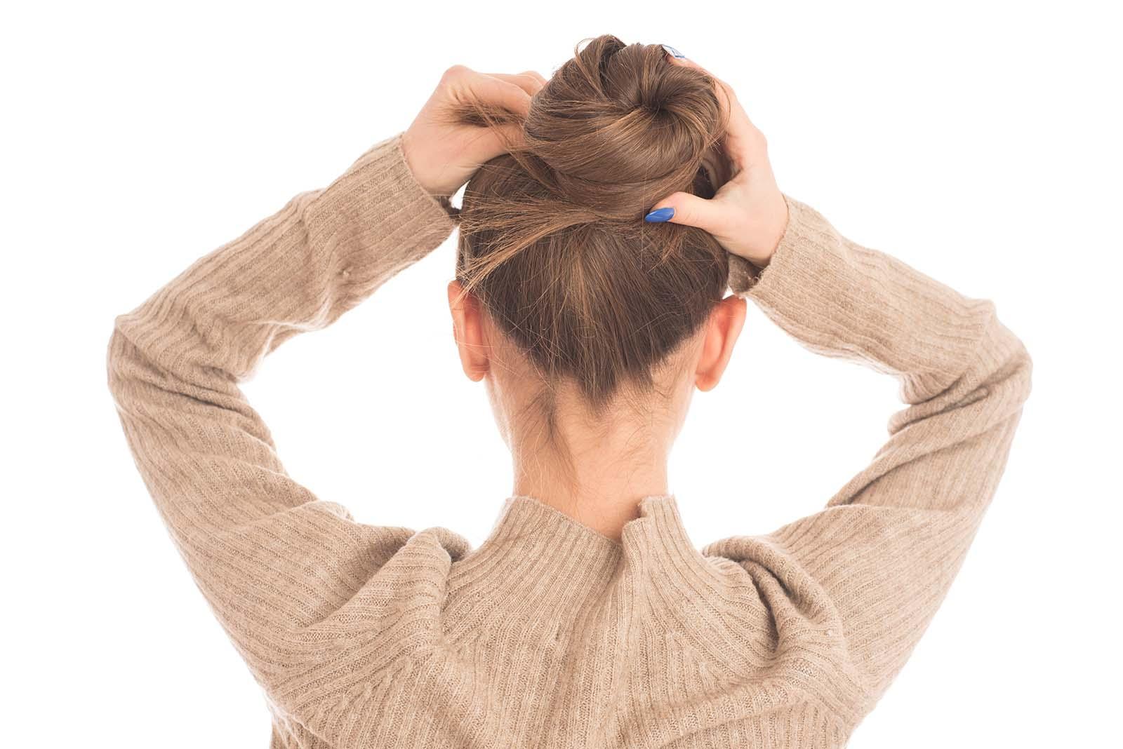 Cómo Hacer Un Moño Alto En 5 Pasos Batiste Blog